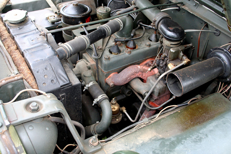 Jeep engine.  Back when things were simple!