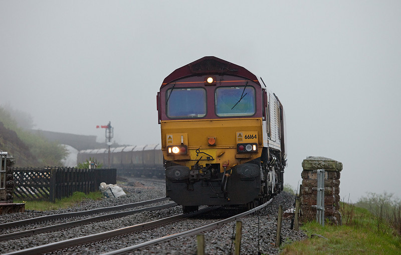EWS 66164 with empty coal train in Garsdale.