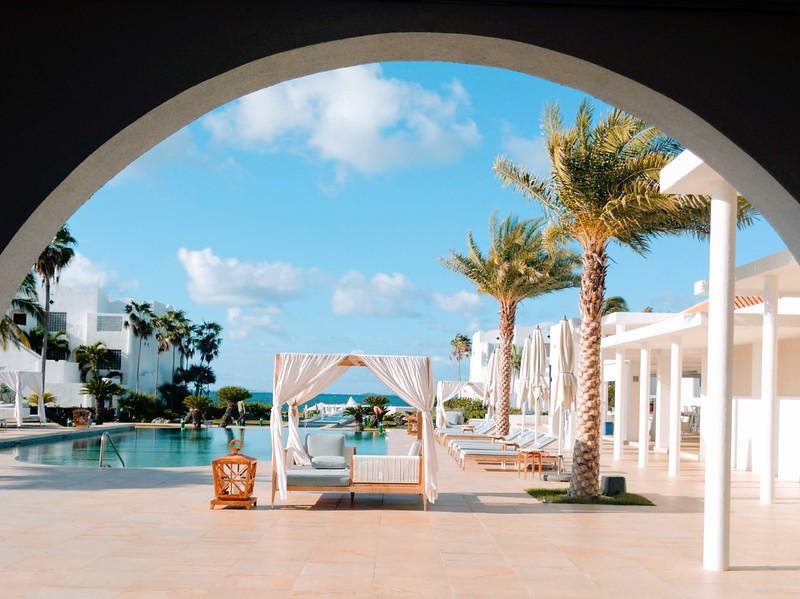 cuisinart pool horizontal anguilla.jpg