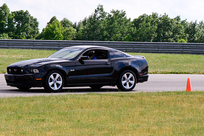 2020 SCCA TNiA June Pitt Race Blk Mustang