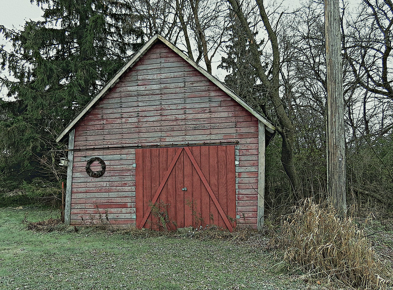 GREAT OLD SHED WITH WREATH