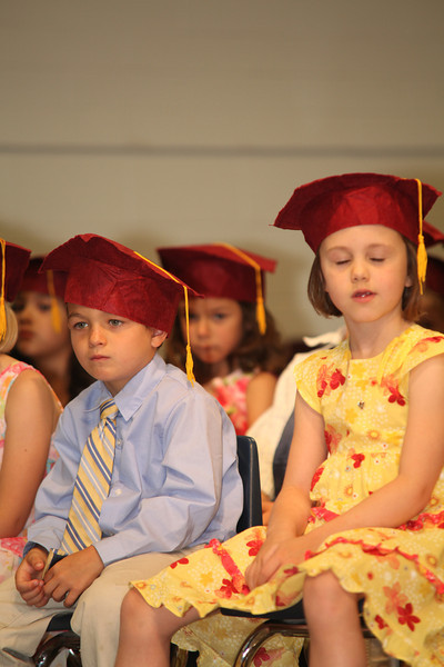 2012May18_MTA Kinder Grad_9673.JPG