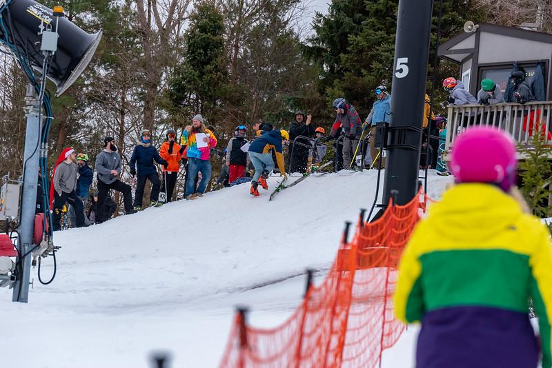 Carnival-Saturday_58th-2019_Snow-Trails-75486.jpg