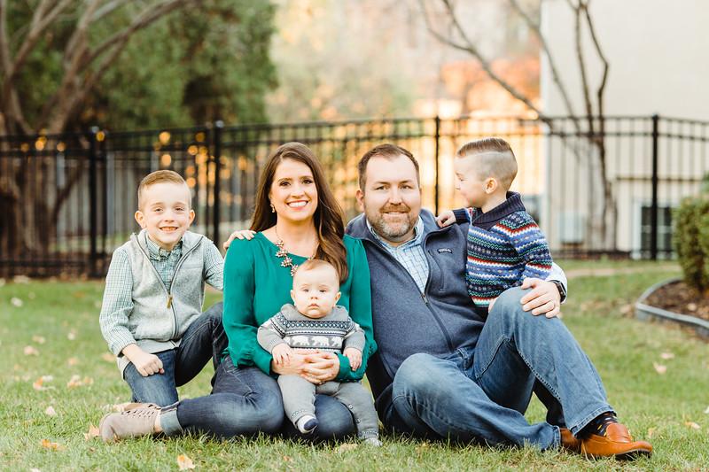 Carrie + Family (27).jpg
