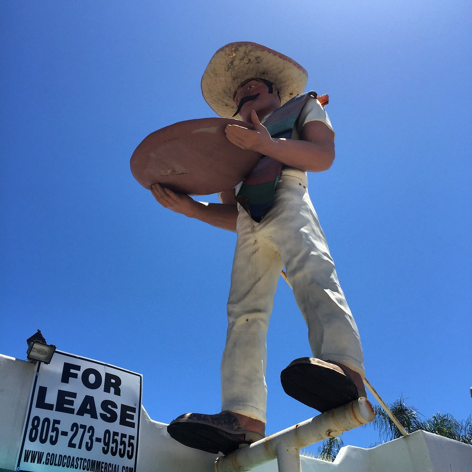 el salsero muffler man in mailbu california