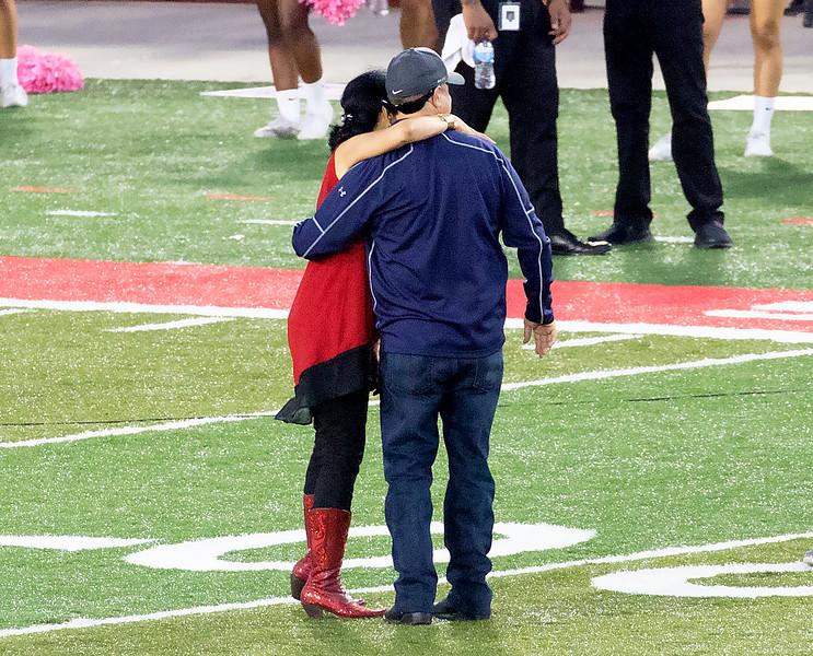 Renu Khator gives a hug to UH Downtown president Juan Sanchez.
