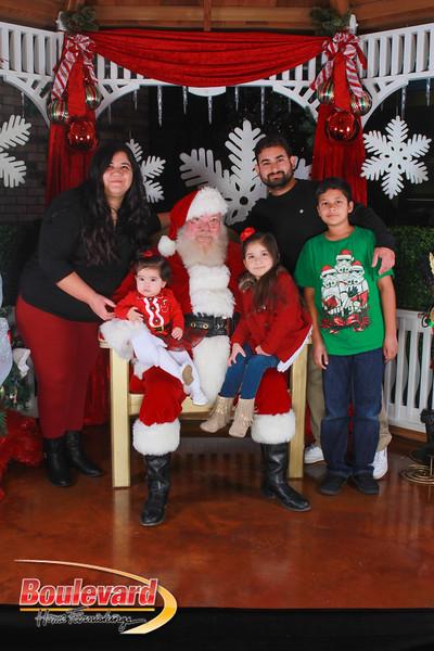 Santa 12-17-16-485.jpg