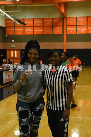 Alumni Basketball Prizes and Games