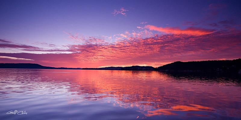 "Pink Magenta Sunrise. Art photo digital download and wallpaper screensaver. DIY Print.  (Format 1/2) Size eg. 8""x16"" or 20x41 cm."