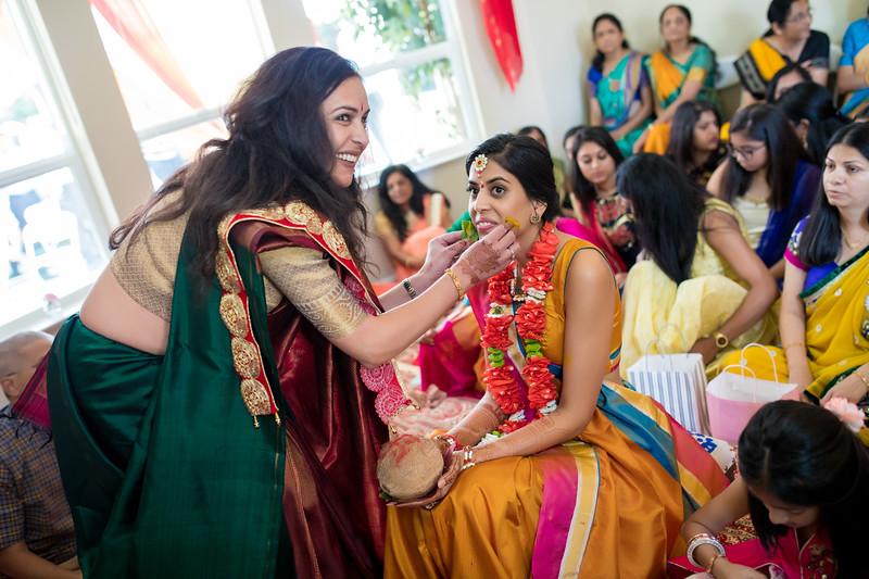 Hina_Pithi_Pooja-163.jpg