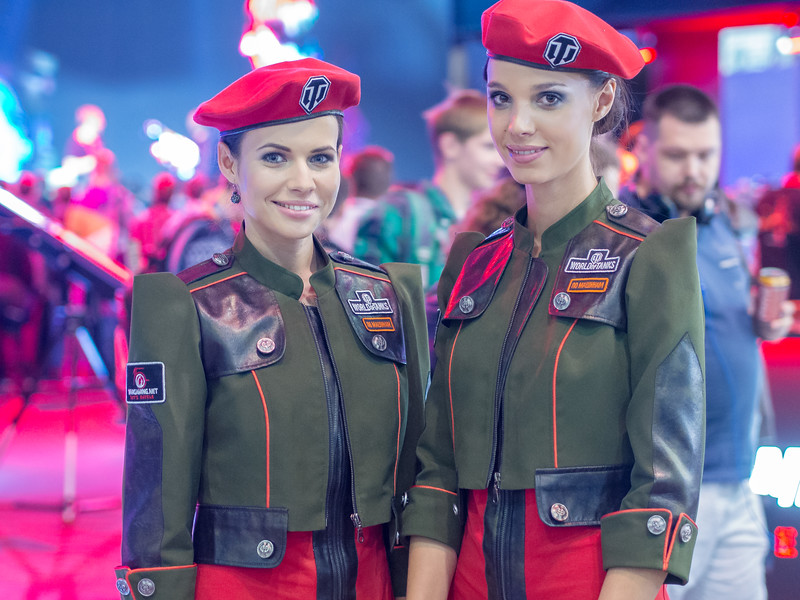 Promo models at Igromir 2013