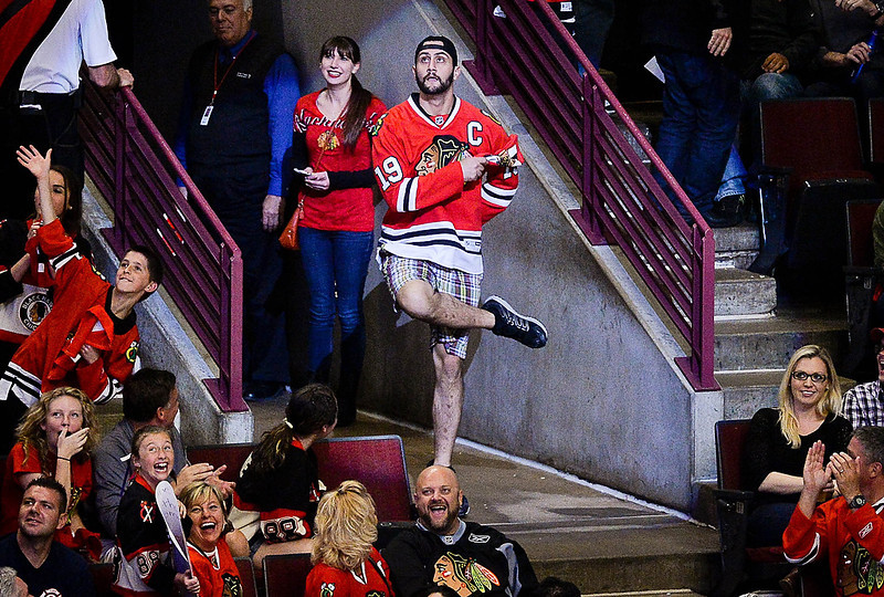 . A Chicago Blackhawks fan dances during a time out in third period. (Pioneer Press: Ben Garvin)