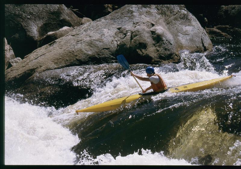 kayak-1141232017.jpg