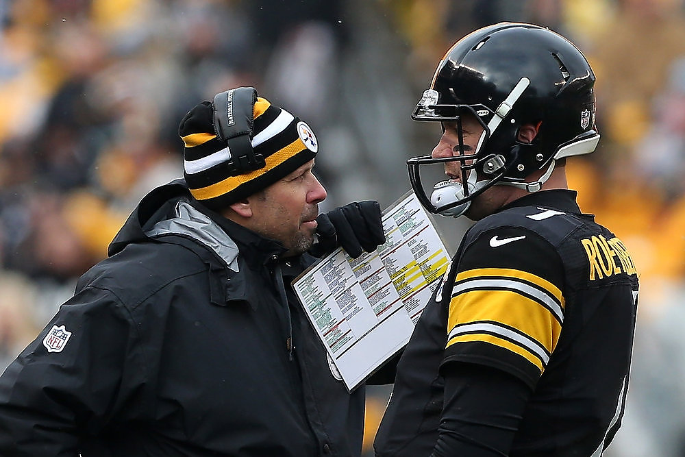 Description of . Offensive co-ordinator Todd Haley talks to Ben Roethlisberger #7 of the Pittsburgh Steelers during their game against the Clevelend Browns at Heinz Field on December 30, 2012 in Pittsburgh, Pennsylvania.  (Photo by Karl Walter/Getty Images)