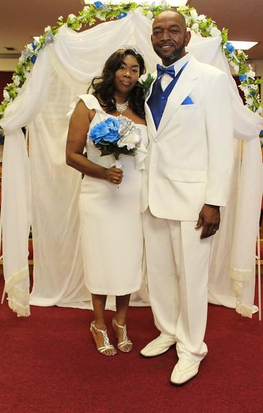 Mr and Mrs Raymond Willis Wedding Day