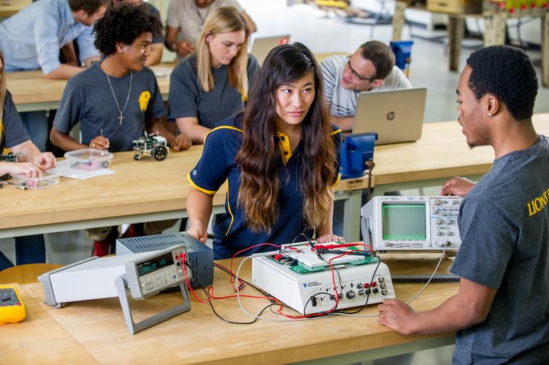 17339-Electrical Engineering-8125.jpg