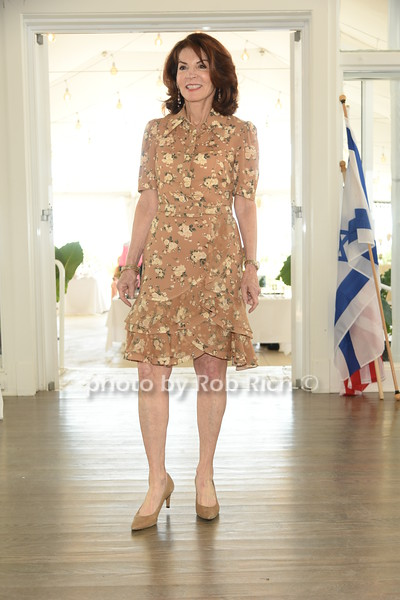 Helene Hendriks  photo by Rob Rich/SocietyAllure.com ©2019 robrich101@gmail.com 516-676-3939