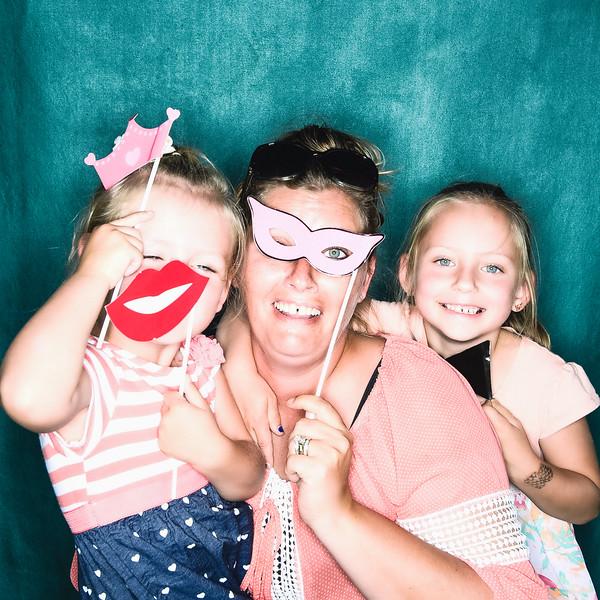aubrey-babyshower-June-2016-photobooth-39.jpg