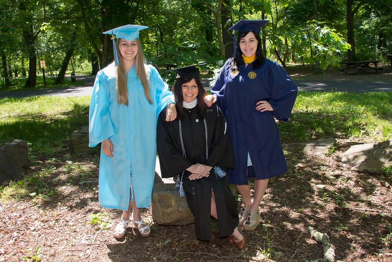 Brandt's Graduation Portraits 6-2017
