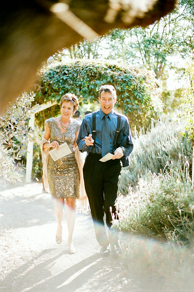 christianne_taylor_kyli_sessions_tucker_larson_graf_farm_barn_oxnard_santa_barbara_wedding_more-797.jpg