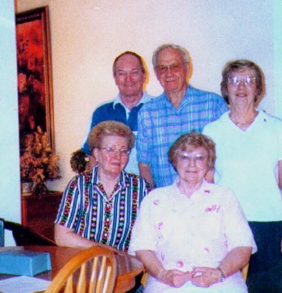 Hal,Wayne,Valerie,Darlene & Bonnie   - Copy.jpg