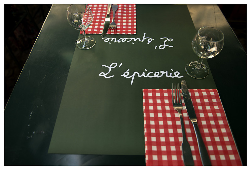Lunch at L'epicerie in Avignon.  We ate lunch there back in 2004.