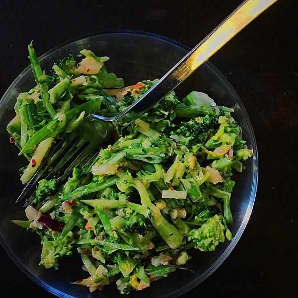 Kimchi_broccoli_slaw..jpg
