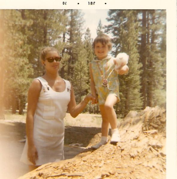 7-1969, Grace & Ann, Palm Springs.jpg