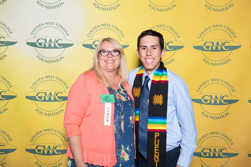 Scholarships-Awards-2019-0835.jpg