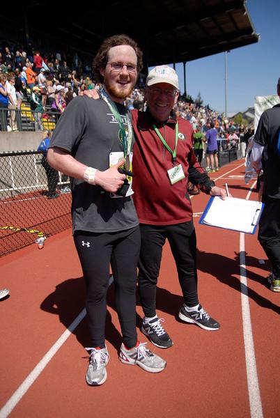 Joe's Team_EugeneMarathon2011_129.jpg