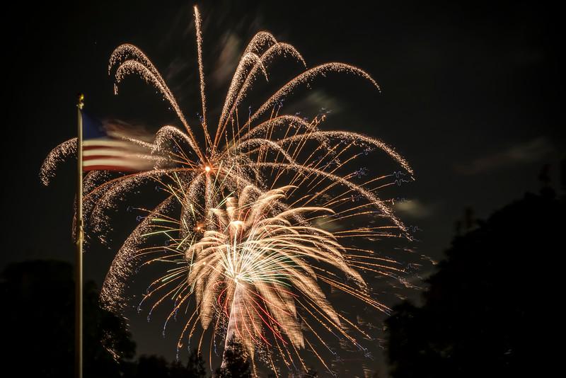 Fireworks Oakley '19-4.jpg