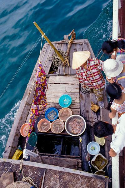Hạ Long Bay, Việt Nam 1997