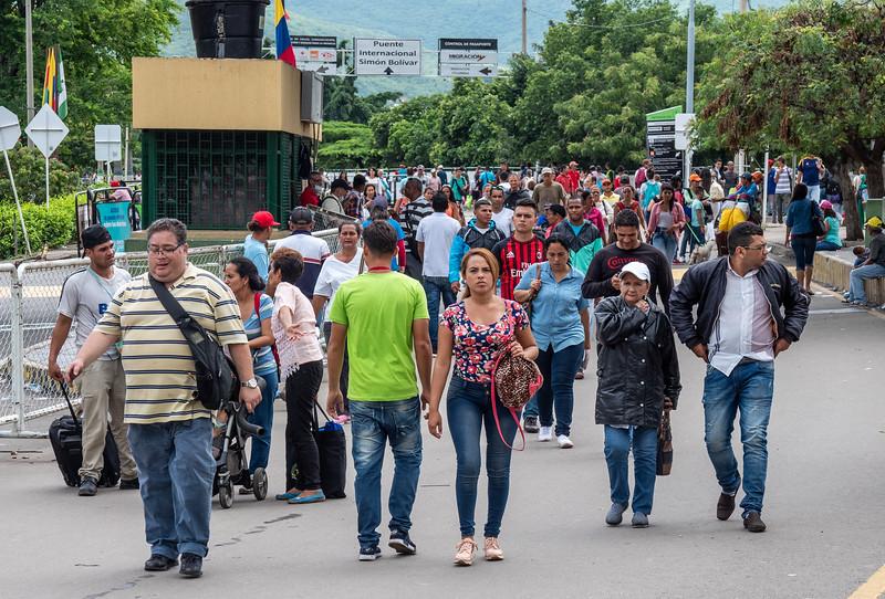 Crossing the bridge from Venezuele