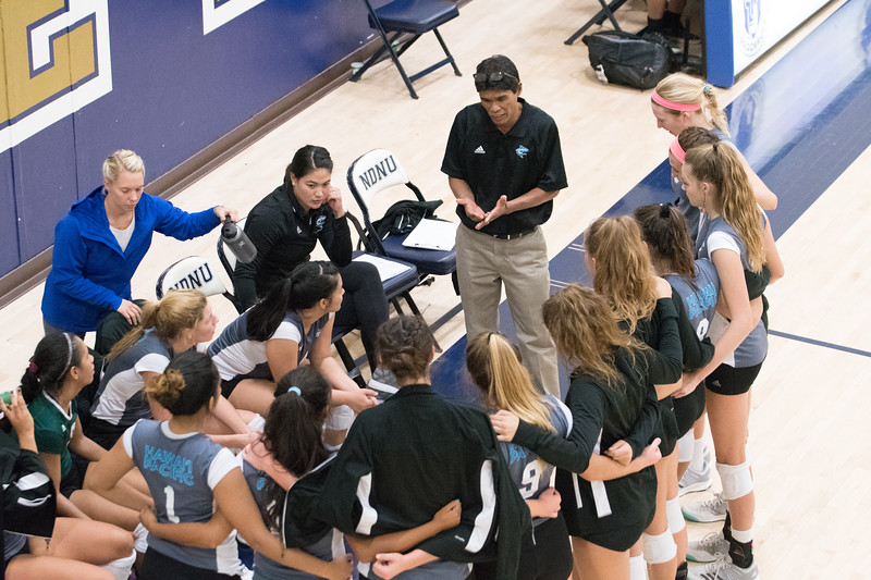 HPU Volleyball-92936.jpg