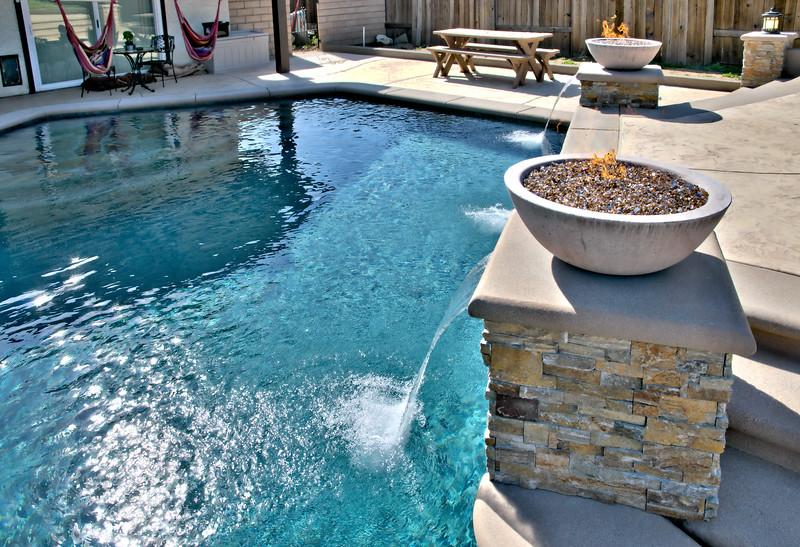 1273 Oak Mesa St La Verne  pool (26).jpg