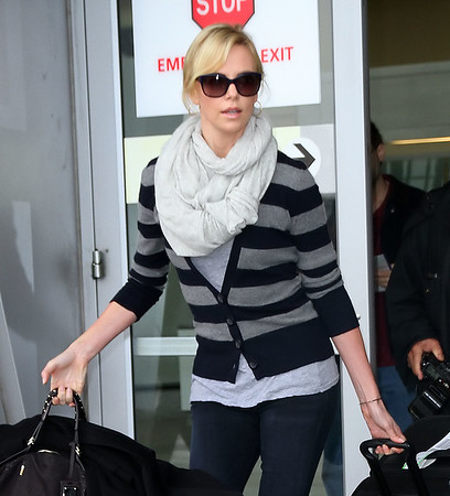 2011-11-16 - Charlize Theron
