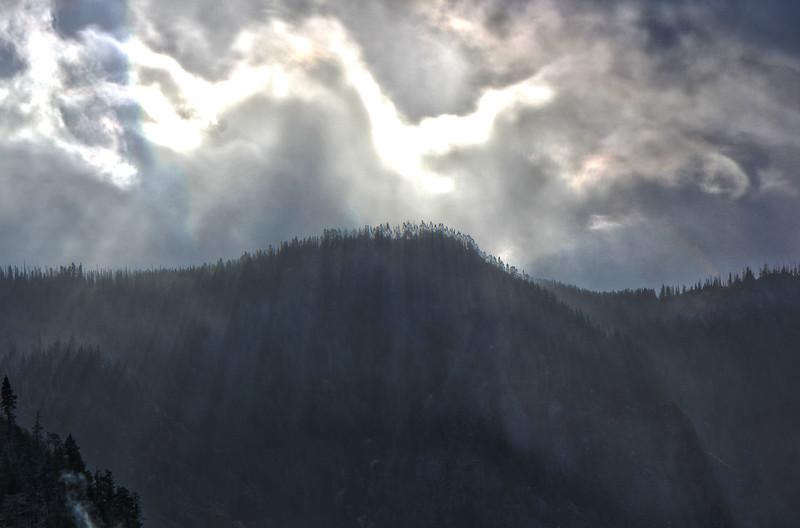 Leavenworth_mountain_HDR2.jpg
