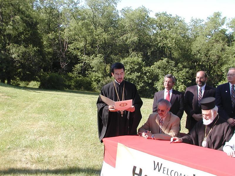 2007-06-20-La-Roche-Signing_010.jpg