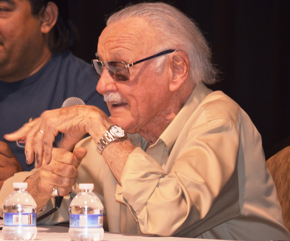 . Legendary comic book writer Stan Lee addresses about 1,000 people that assembled to see him during a panel discussion Saturday at the Motor City Comic Con. (Photo by Dave Herndon.)
