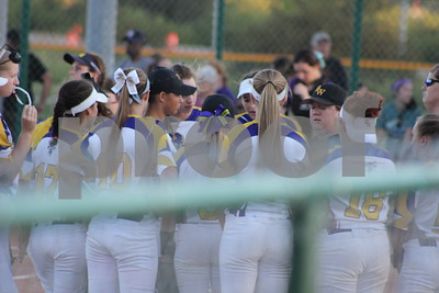 Central vs. Bellevue West Softball 2016