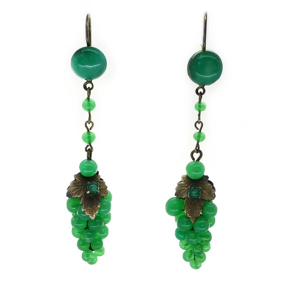 VINTAGE ART DECO GREEN GLASS GRAPE CLUSTER EARRINGS
