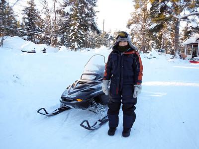 SportsLovet! Dog Sledding and Snow Mobiling in Kiruna
