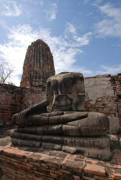 Headless Buddha 3, Wat Maha That - Ayutthaya, Thailand.jpg