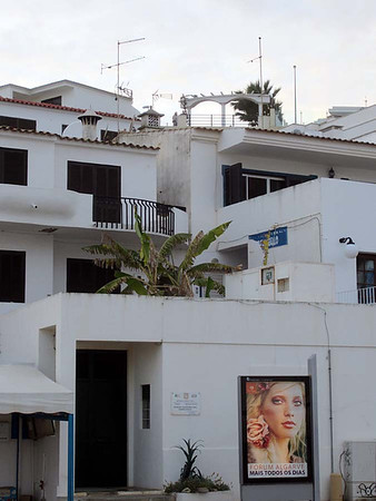 Sunday 30  March 2014 : Olhos d'Agua and Albufeira, Algarve