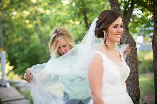 Hannah Kinnison Bridals 20150511
