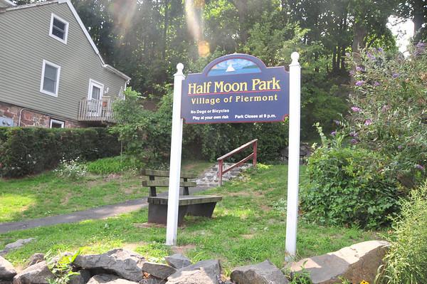 Halfmoon Park