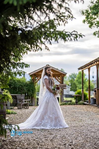 barbwire and lace bridal photo shoot brooklyn -99.jpg