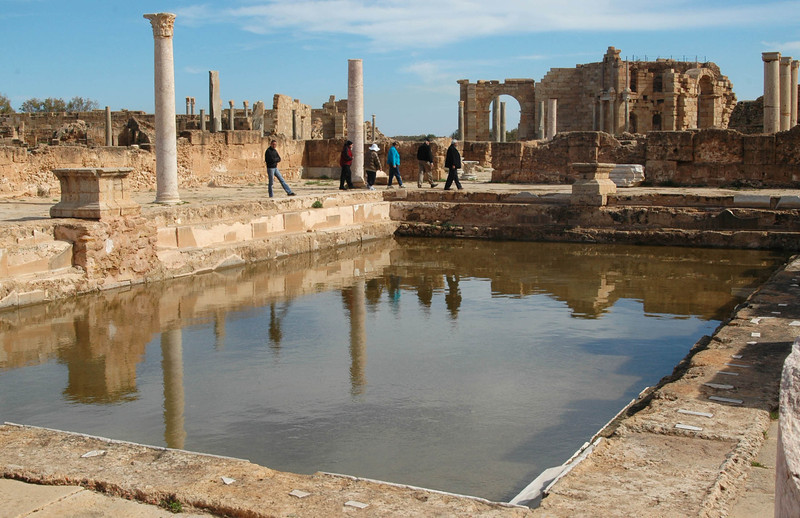 Leptis Magna: Hadrian Baths, Natatio (entry hall); 3rd century A.D. Hadrian's baths in Leptis Magna were among the most opulent in the ancient world, including not only hot, werm and cold baths but steambaths and an outdoor palaestra for sports activities.