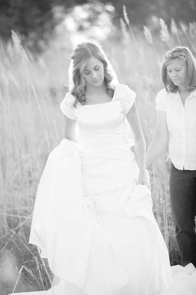 Amy Bridals 082bw.jpg