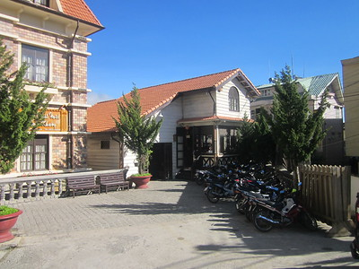 October 25 - University of Dalat - French Houses